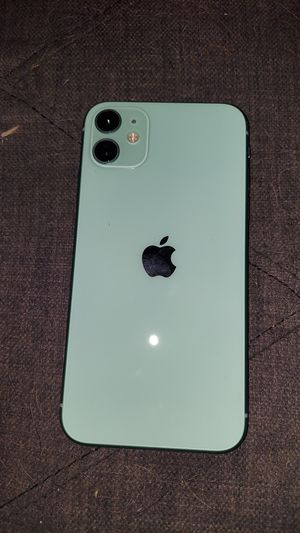 IPhone 11 64GB for Sale in Gowanda, NY