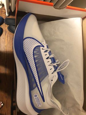 Nike zoom gravity sz 10 for Sale in Darby, PA
