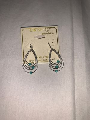 Brand new earring for sensitive ear paid 9 dollars I will take 5 for Sale in Murfreesboro, TN