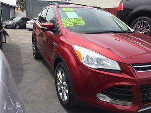 Ford. Explorer 2013 for Sale in Riverside, CA