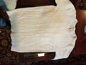 Medium cream colored sweater for Sale in Tumwater, WA