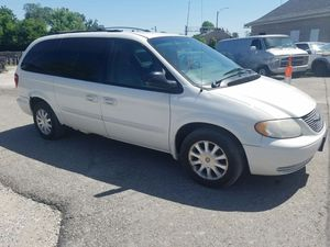 03 Chrysler Town and Country for Sale in St. Louis, MO