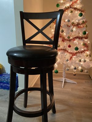 2 Wooden Stools for Sale in Chicago, IL