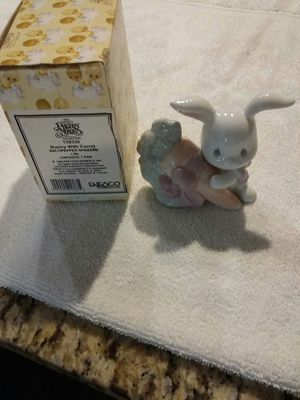 New Precious Moments Salt and Pepper Shakers Bunny w/ Carrot for Sale in River Grove, IL