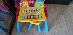VTech touch and learn activity desk for Sale in Phoenix, AZ