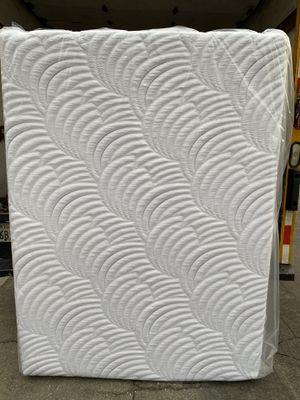 Queen mattress, New Gel Memory Foam, plastic sealed, 12 inches thick, beautiful soft cover. for Sale in Hacienda Heights, CA