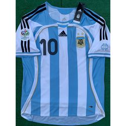 2006 Argentina retro soccer jersey Riquelme for Sale in Raleigh,  NC