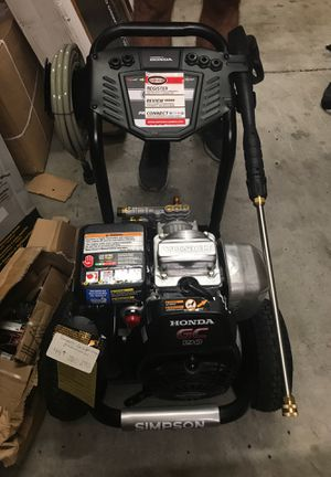 Simpson Gas Pressure Washer 3300psi with Honda motor with 2.4 GPM for Sale in Oldsmar, FL