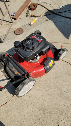 Troy-Bilt lawn mower Honda engine. Not working does not pull over for Sale in Moreno Valley, CA