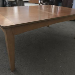 Coffee table Very Nice for Sale in Visalia, CA