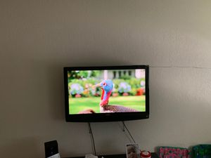 Tv with mount Sanyo with remote for Sale in Vermillion, SD