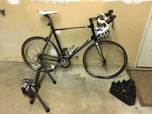 2014 Giant Defy Roadbike with Indoor Trainer for Sale in Jay, NY