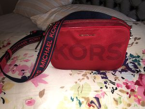 Michael Kors Red Mesh Messenger Bag for Sale in Troy, MI