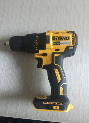 20 volt brushless dewalt drill for Sale in Bowie, MD