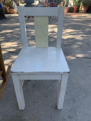 Kids chair for Sale in San Bernardino, CA
