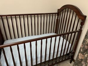 Baby crib and mattress for Sale in Ballwin, MO