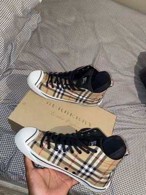 Real Burberry shoes! for Sale in Cleveland, OH