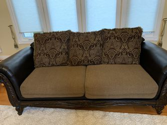 Couches for Sale in West Bloomfield Township,  MI