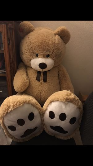 Plush stuffed bear - 5 ft. tall (New, with tag) for Sale in Palmdale, CA
