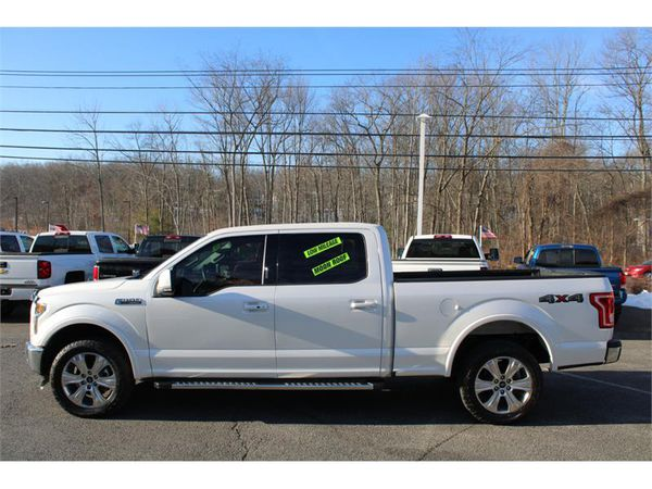 2016 Ford F-150 4WD SUPERCREW LARIAT ECO BOOST ONLY 18,951 MILES !