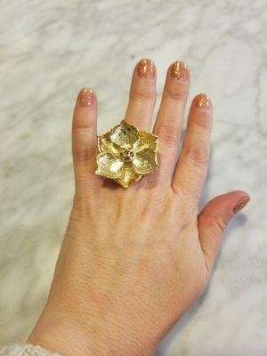 Gold flower ring for Sale in Austin, TX