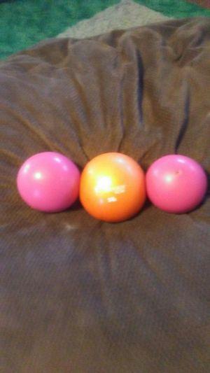 Exercise balls for Sale in Wichita, KS