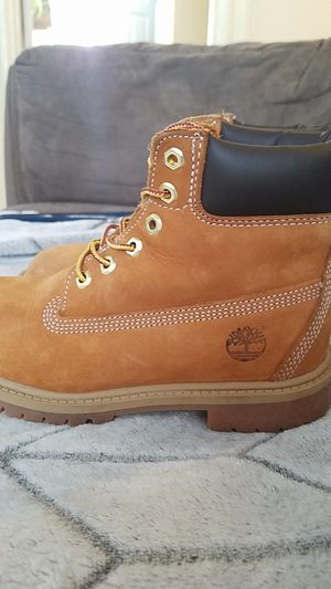 Size 1m Timberland Boots for Sale in Cumberland, RI
