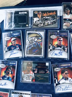 Sorts authentic signed cards for Sale in Lompoc, CA