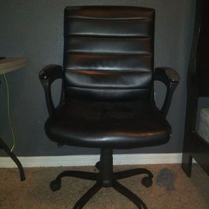 Office Chair for Sale in Winter Haven, FL
