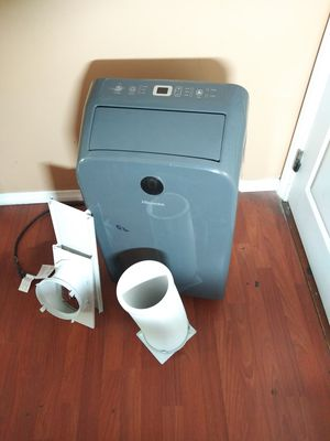 AC PORTABLE HISENSE VERY GOOD CONDITION,COMES WITH EXHAUST TUBE AND WINDOW KIT for Sale in Los Angeles, CA