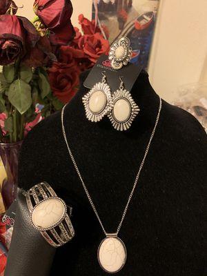 New jewelry 4pc set color silver /white for Sale in Orange, CA