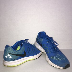 Mens Nike Zoom Pegasus 31 Size 13 Men's Running Shoes 652925-400 for Sale in St. Petersburg, FL