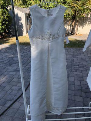 Beautiful brand new ivory David's Bridal flower girl dress. Never used size 14 for Sale in Avondale, AZ