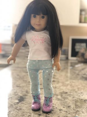 American Girl Doll - Like New for Sale in Miami, FL