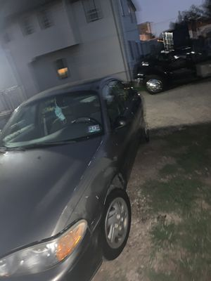 Car is in good condition for Sale in Newark, NJ