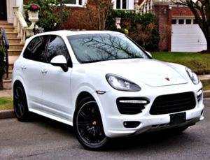 🚕 '14 Porsche Cayenne GTS V8 INTERIOR for Sale in Hutchinson, KS