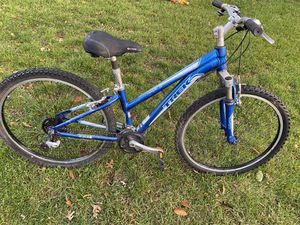 "Trek mountain bike 26"" wheels for Sale in Oceanside, NY"