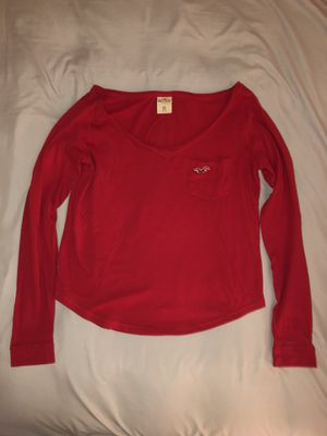 HOLLISTER red long sleeve for Sale in Tracy, CA