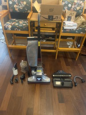 Kirby heritage II vacuum for Sale in Miami, FL