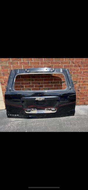 CHEVY TAHOE 2015 LIFTGATE for Sale in Dallas, TX