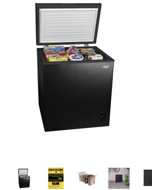 Arctic Freezer 5 cubic ft for Sale in Galena, OH