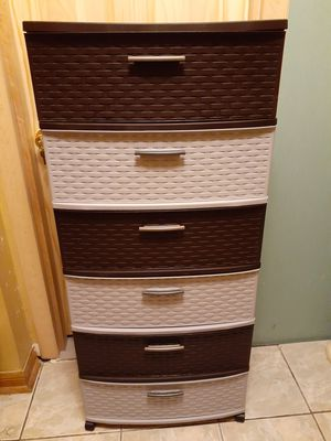"6 DRAWERS STORAGE CONTAINERS WITH WHEELS - 15 7/8"" D x 2 7/8"" W x 24"" H for Sale in Downey, CA"