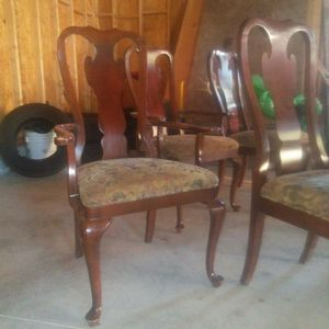 Kitchen table 6 chairs and small dinnet ta for Sale in Elm City, NC