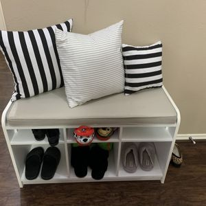 Shoe Rack for Sale in Fresno, TX