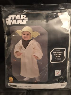 NEW YODA STAR WARS COSTUME SIZE 3-4 years for Sale in Columbus, OH