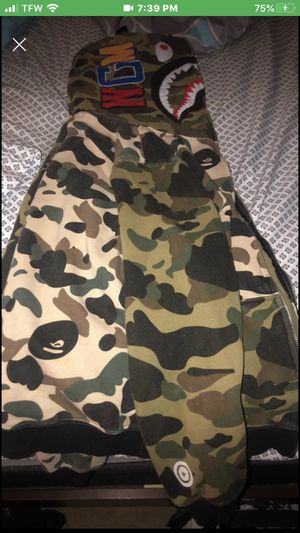 off white shirt and bape hoodie for Sale in Lorton, VA