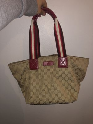 AUTHENTIC Gucci webbed tote handbag - Used condition for Sale in Orlando, FL