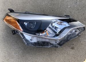 2014-2016 Toyota Corolla Headlight RH (Passenger Side) for Sale in San Diego, CA