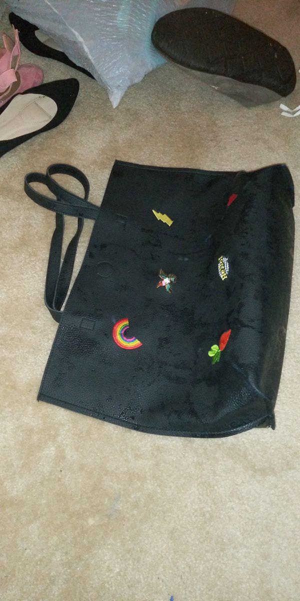 Nice large tote handbag leather