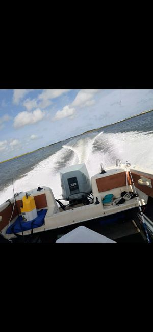 18 ft manatee Evinrude 150 for Sale in Drexel Hill, PA